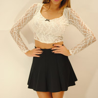 (anv) Sweetheart lace crop top