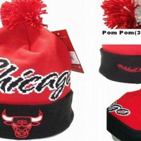 Mitchell & Ness Chicago Bulls 3 Colorway Pom Knit Beanie Black/Red/White [SOLD OUT]
