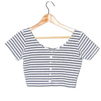 Womens Black and White Striped Crop Top Shirt Size M ($22.00)