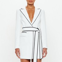 Missguided - Peace + Love White Contrast Binding Blazer Dress
