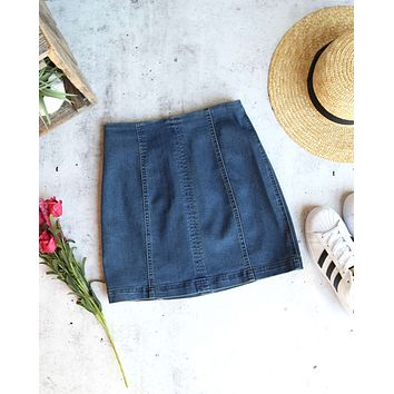 Honey Belle - High Waisted Denim Skirt with Back Zipper in Denim