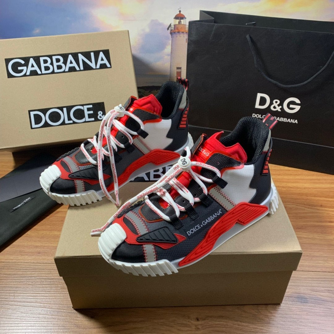 Image of D&G DOLCE & GABBANA Men's And Women's Leather NS1 Low Top Sneakers Shoes