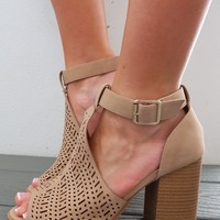 Smooth Strutting Heel: Nude