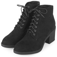 BEST Lace-Up Boots - Boots - Shoes
