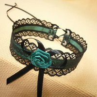 Elegant Textile Choker in Black and Forest Green, Gothic and Renaissance Lace Satin Necklace with Rose, Baroque Collar with Rose and Bow