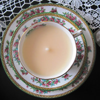 Vintage English china tea cup candle. Choice of vanilla, rose, or lemon. Grafton & Foley Indian Tree design. Lovely Mother's Day gift idea!