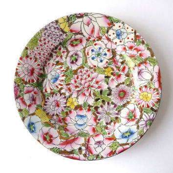 Porcelain Vintage Plate with Flowers and Golden Edges - Macau - Vintage Platter
