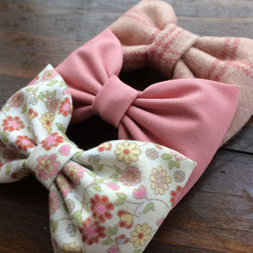 Mauve, pink fall floral, and pink plaid flannel bow lot for fall.  Seaside Sparrow hair bows make the perfect gift.