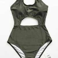Cupshe Shape Of My Heart Solid One-piece Swimsuit