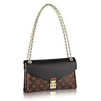 LV Louis Vuitton Pallas Chain Noir Color Clutch Shoulder Bag Cross Body Article: M4122
