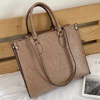 LV Louis Vuitton victory classic solid color embossed letters handbag shoulder bag messenger bag shopping bag