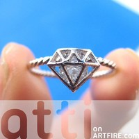 3D Diamond Shaped Rhinestone Shiny Bling Ring in Silver Size 5 ONLY