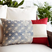 AMERICAN FLAG INDOOR/OUTDOOR LUMBAR PILLOW