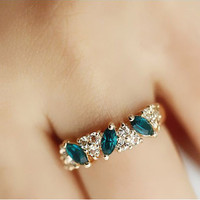 Austria Crystal Retro Sweet Ring New Design Romantic Love Silver Plated Ring For Wedding Women