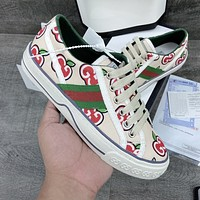 GUCCI new men's and women's fashionable all-match low-top flat shoes