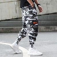 Camouflage Jogger Pants Men Hip Hop Trousers Loose Fit Ankle Banded Big Pocket Cargo Pants Streetwear Men's Punk Jeans