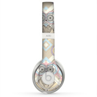 The Vintage Abstract Owl Tan Pattern Skin for the Beats by Dre Solo 2 Headphones