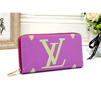 LV Louis Vuitton new women's simple and stylish versatile zipper purse clutch bag