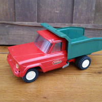 Vintage Red and Green Pressed Steel Tonka Toy Truck Mound Minn