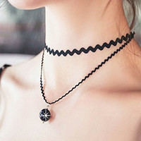 Bridalvenus Lace Chocker Two-layers Necklace jewelry for Women and Girls on Wedding, Party and Evening