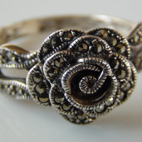 Marcasite 925 Sterling Silver Rose Bud Flower Ring Size 7.75