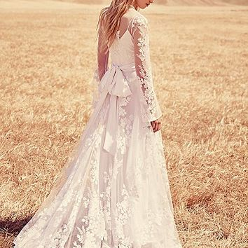 Odylyne the Ceremony Womens Lillian Gown