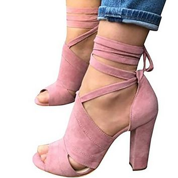 A new popular suede suede sandals with a cross ankle strap at the side of the muzzle