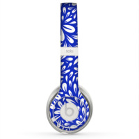 The Royal Blue & White Floral Sprout Skin for the Beats by Dre Solo 2 Headphones