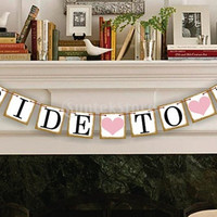 BRIDE TO BE Bunting Banner Wedding Bridal Party Decoration Photo Prop = 1929746436