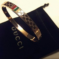 Gucci embossed double G logo letter all-match bracelet for men and women