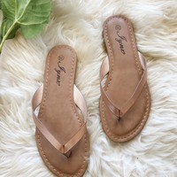 SUNNY SANDALS- CHAMPAGNE