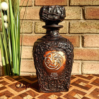 Custom decanter~Scotch decanter~Gift for men~Game of thrones gift~Best Friend Gift~Personalized Whiskey Decanter~Anniversary gift