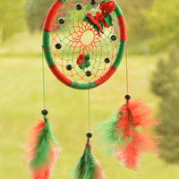 Red-Green Dreamcatcher with carnelian gemstone, plastic beads, 3D crochet butterfly and crochet flower, wall hanging, wall decor