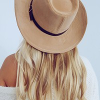 Seeking Fall Hat: Tan