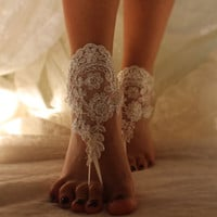 İvory Lace Barefoot Sandals,Beach Wedding Barefoot Sandals,Bridal Lace  Sandals, Wedding Anklet,Wedding Shoes,Wedding Foot Jewelry