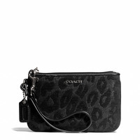 MADISON SMALL WRISTLET IN CHENILLE OCELOT