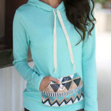 Light Blue Hooded Geometric Print Pullover Hoodie