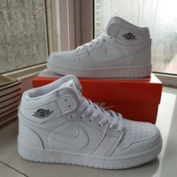 Nike Air Jordan I Unisex Casual Fashion High Help Breathable Plate Shoes Couple Basketball Shoes Sneakers