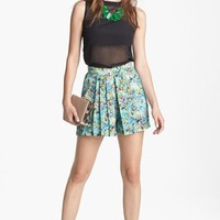 Wayf Pleated Print Shorts | Nordstrom