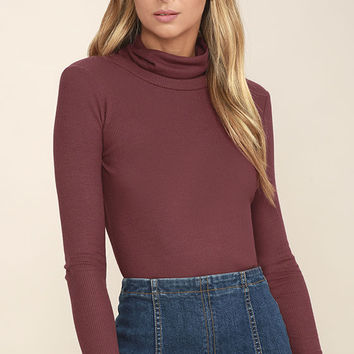 Cozy Den Washed Burgundy Turtleneck Top