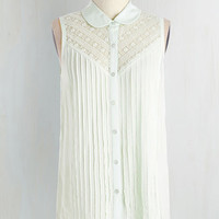 Pastel Mid-length Sleeveless Winsome in the Willows Top in Mint