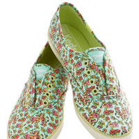 Love Is in the Errand Sneaker | Mod Retro Vintage Flats | ModCloth.com