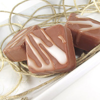 Soy Melts - Gingerbred scented Soy Candle Tarts -- (4) One Ounce Tarts