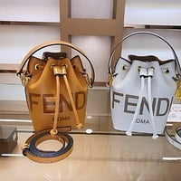 Fendi solid color embossed double F letter bucket bag shoulder bag messenger bag