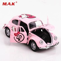 Cheap Kid Car Model Toys 1/32 Diecast Car PINK Hello Kitty Beetle Classic Car Pull Back Toys Boxed Collection Boy Girl Toy Gift