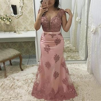 Light Pink Mermaid Mother Of The Bride Dresses Plus Size Sheer Jewel Cap Sleeve Vintage Lace 2020 Long Formal Evening Gown 2021