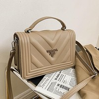 Prada new fashion rhombus handbag ladies all-match one-shoulder diagonal bag