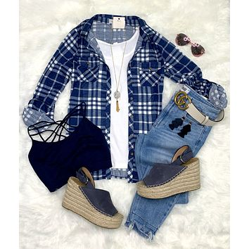 Penny Plaid Flannel Top - Navy/White