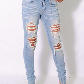 (amh) Light wash distressed skinny jeans
