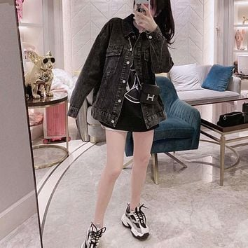 Woman's Leisure Bugs Bunny Fashion Embroidery Letter Printing Lapel Long Sleeve Coat Casual Wear